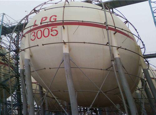 石油化工行业储藏罐体热喷涂铝防腐修复